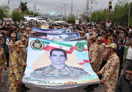 گرامیداشت اولین شهید مدافع حرم ارتش در استان گلستان
