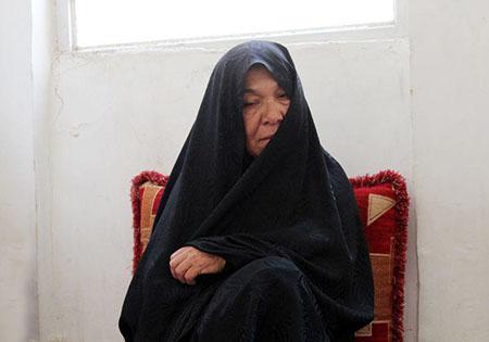 وقتی جنازه فرزندم را دیدم قلبم آرام گرفت/ برای جنگ در افغانستان 3 برابر سوریه پول میدهند