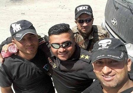 عکس/سلفی مدافعان حرم بعد از نابودی داعشی ها