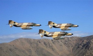 Iranian Phantoms Drop Homegrown Smart Bombs in War Game