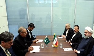 Iran, Pakistan Resolved to Implement MoUs