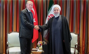 Iran, Turkey Able to Guarantee Regional Peace through Cooperation