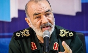 IRGC Commander Stresses Need for Iran's Further Development in Science, Technology