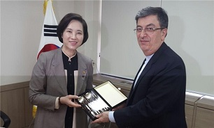 Iran, S. Korea to Increase Academic Cooperation