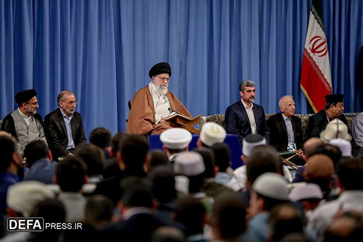 Ayatollah Khamenei receives participants of 36th intl. Quran competitions