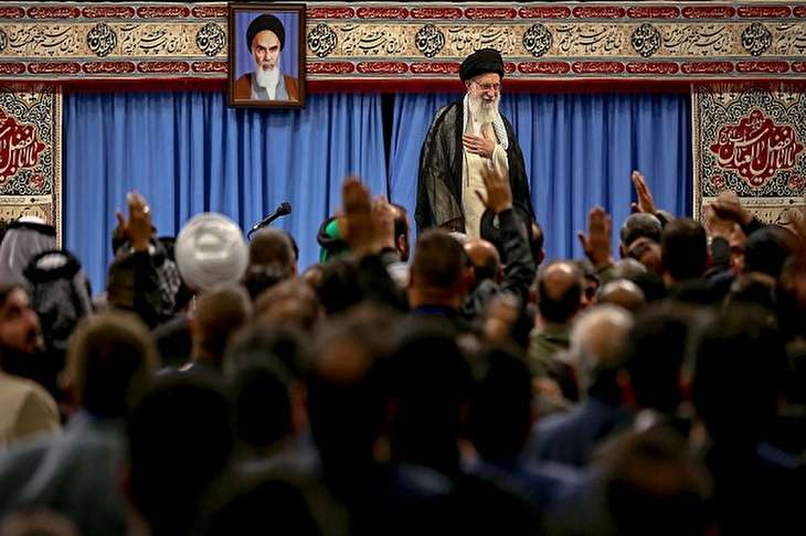 Leader's meeting with Iraqi hosts to Karbala pilgrims