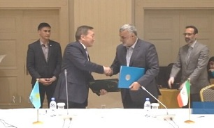 Iran, Kazakhstan sign coop. agreement in Nur-Sultan