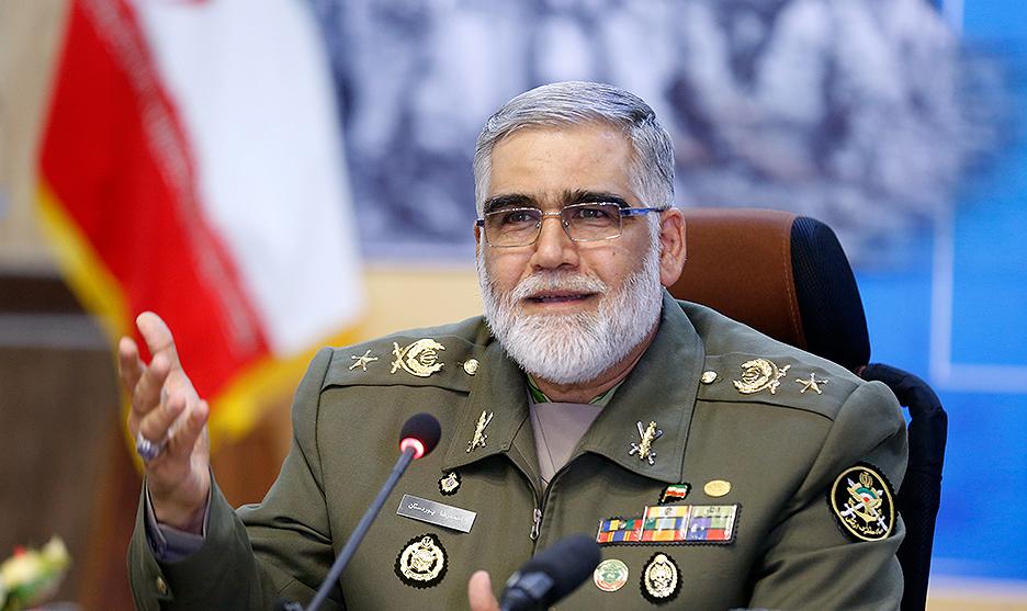 آمریکا در مواجهه با انقلاب اسلامی ایران دچار شک ژئوپلیتیک شد/ اجازه ندهیم فرهنگ دفاع مقدس تحریف شود