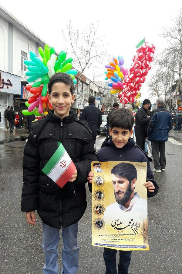 عکس/حضور فرزندان شهید مدافع حرم در راهپیمایی 22 بهمن