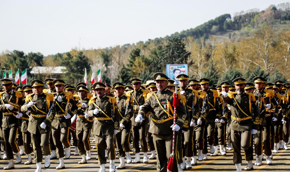 مراسم صبحگاه مشترک نیروهای ارتش آغاز شد