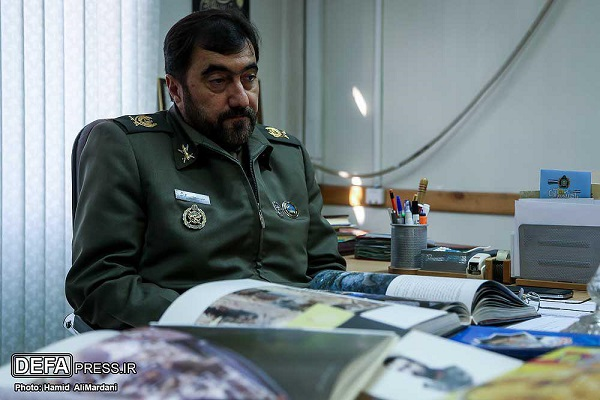 عرضه 700 کتاب جدید دفاع مقدس در نمایشگاه تهران/ دفاتر استانی صاحب نشر میشوند/ «آب هرگز نمیمیرد» به چاپ 36 رسید