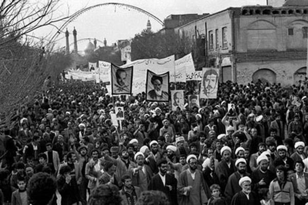 قیام 19 دی شتاب خاصی به حرکت انقلاب اسلامی داد
