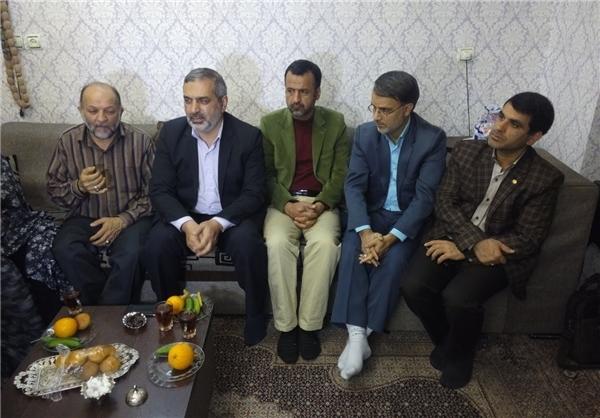 دیدار جامعه قرآنی با خانواده شهید قرآنی «محمدرضا شیخحسین»
