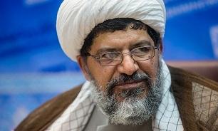 قم انقلاب اسلامی با رهنمودهای مقام معظم رهبری سرپا مانده است