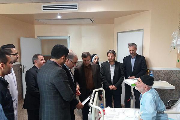 دیدار مدیرکل بنیاد شهید و امور ایثارگران تهران با جانبازان بیمارستان خاتم الانبیا