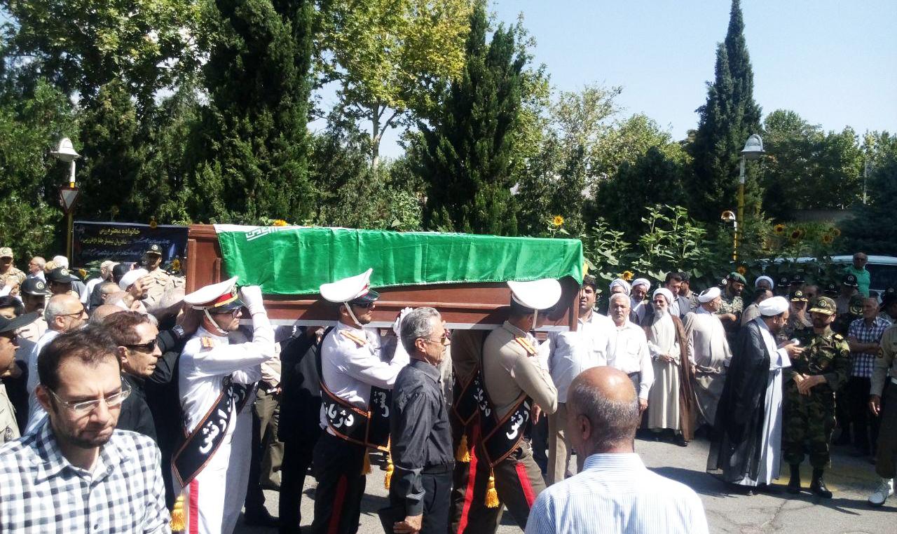 پیکر امیر «علی رزمی» در تهران تشییع شد