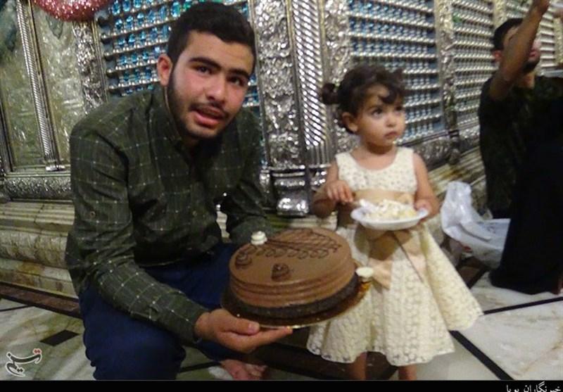 جشن تولد دختر شهید مدافع حرم در جوار ضریح حضرت رقیه (س)+ فیلم