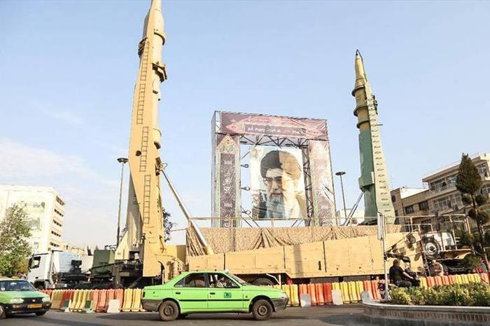 استقرار «سامانه اس300» و «اس200» در قلب تهران