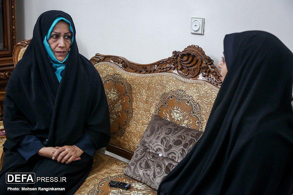 قلب مادرم پس از دیدار با امام (ره) آرام گرفت/ گله از بیتوجهی به خواهران و برادران شهدا
