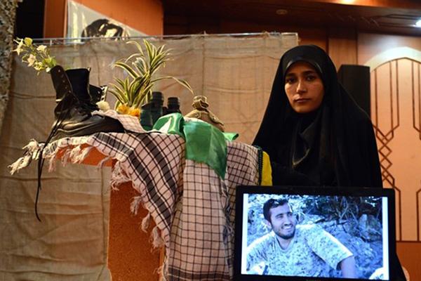 فرقی میان شهدای فاطمیون و ایرانی وجود ندارد/ شهید حججی مظلومیت مدافعان حرم را به جهانیان نشان داد