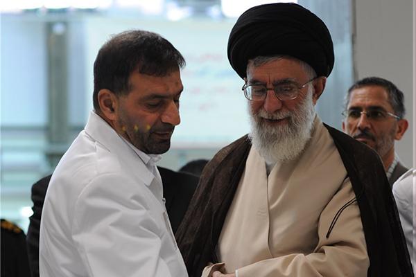 حاج حسن استاد عماد مغنیه بود/ دستمال عزای حسینی را در کفنم بگذارید