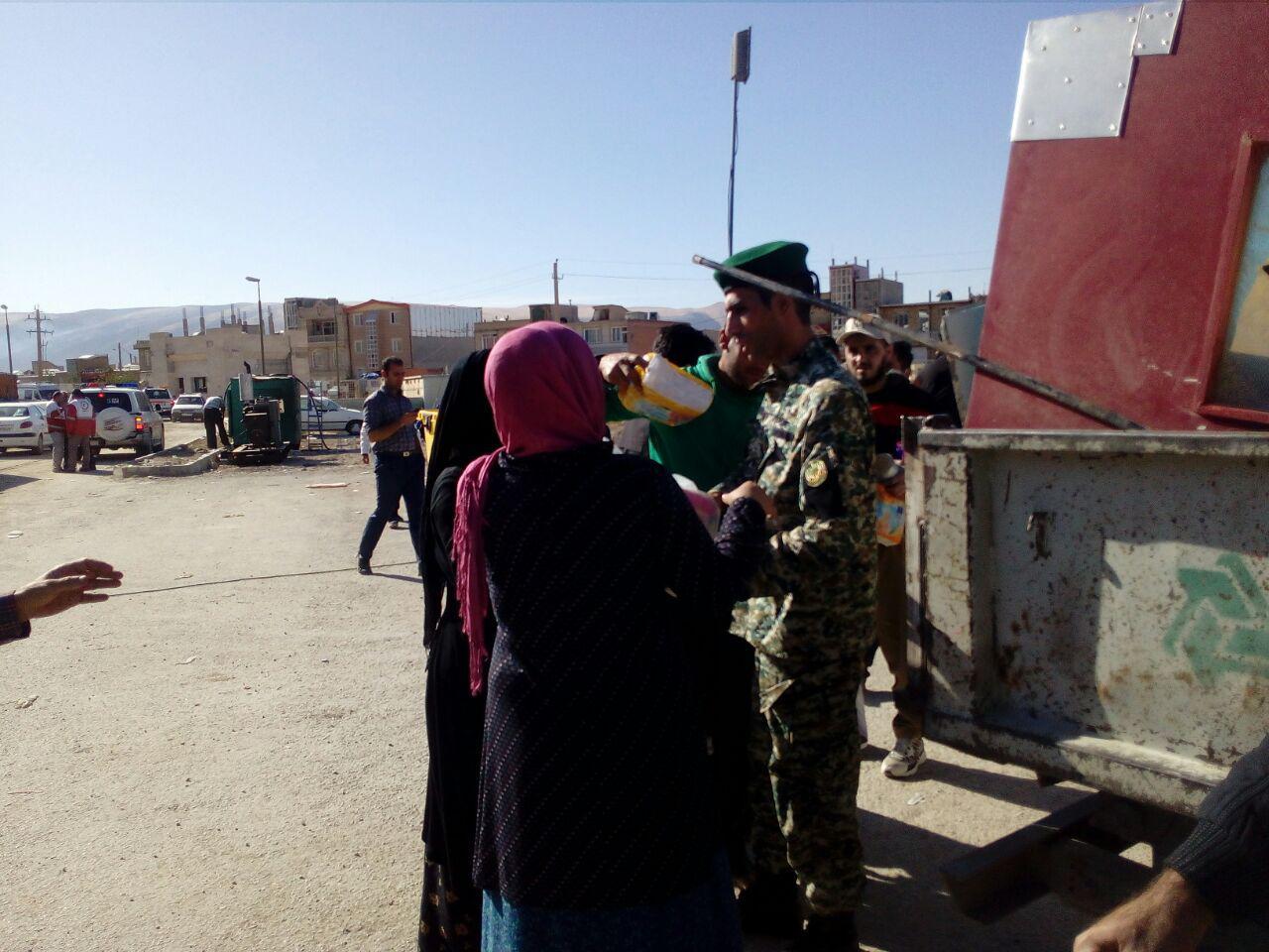 تصاویر/ امدادرسانی نیروهای ارتش در سرپل ذهاب