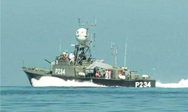 «سپر» جلوه خودباوری دفاع دریایی است/ حضور شناورهای ساخت ایران در «مدیترانه»/ توانایی ساخت «زیردریایی اتمی» را داریم/ «دریا» را برای دشمنان ناامن می کنیم