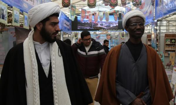 جوان نیجریهای: دیدن پیشرفتهای دفاعی ایران موجب تعجب من شد