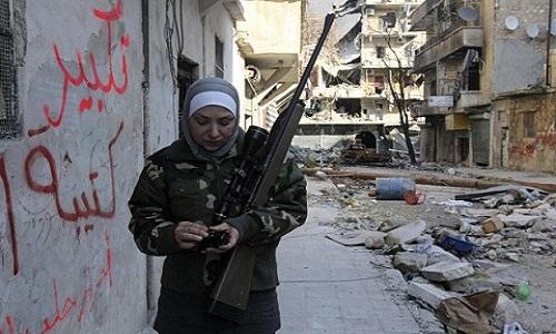 ماجرای شهید مدافع حرمی که باعث خوشحالی مردم سوریه شد/ شکار زن تک تیرانداز داعشی