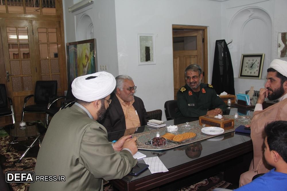 دیدار مدیر کل حفظ آثار استان یزد با بیت شهید صدوقی+ تصاویر