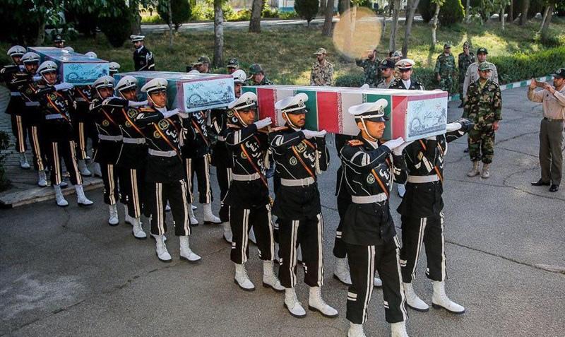 پیکر 3 شهید تازه تفحص شده نیروی زمینی ارتش تشییع شدند