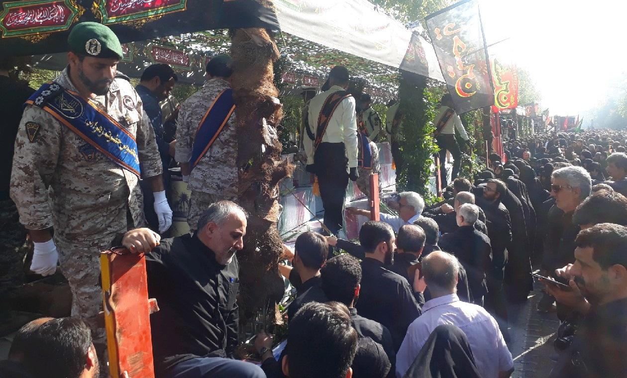 مراسم تشییع پیکرهای ۱۳۵ شهید گمنام دفاع مقدس آغاز شد