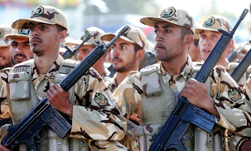 فرق سرباز «ایرانی» با سرباز «آمریکایی»