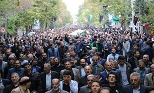 توسط فرماندهی انتظامی لرستان صورت گرفت؛ تقدیر و تشکر از حضور گسترده مردم در تشییع پیکر شهید «سیدنورخدا موسوی»