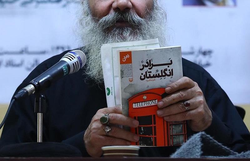 شعر انقلاب فرزند خلف گذشتگان/ بایرامی و امیرخانی قصهنویسان موفق انقلاب هستند
