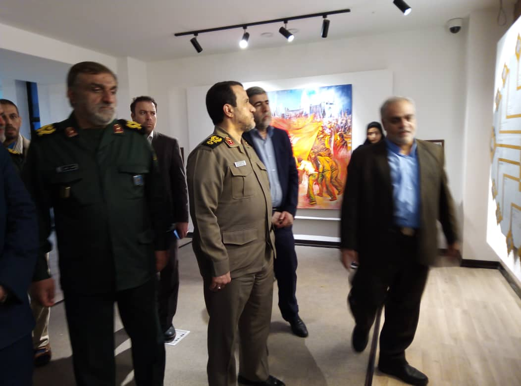 بازدید سردار کارگر از مرکز فرهنگی و موزه دفاع مقدس دزفول