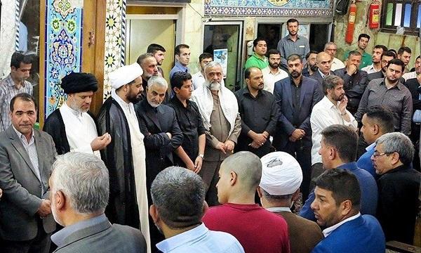 ماجرای حضور حاج قاسم در بین عراقیهای مقیم ایران+ عکس