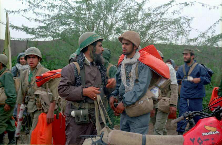 آمادگی نیروهای لشکر ۱۰ سیدالشهدا برای شرکت در عملیات والفجر ۸+ تصاویر