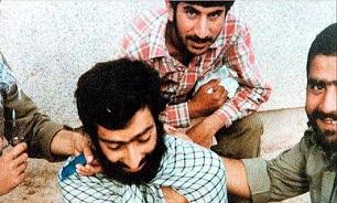 وزوایی همیشه در نوک پیکان حمله بود/ ماجرای دیدار محسن با مقام معظم رهبری در بیمارستان