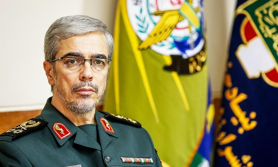 تبریک رئیس ستاد کل نیروهای مسلح به سرلشکر سلامی