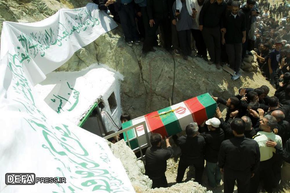 دفاعپرس گزارش میدهد؛ ماجرای مشخص کردن مکان خاکسپاری شهدا توسط «قرآن»/ زندگی در تهران زیر پای «کهفالشهدا» جریان دارد