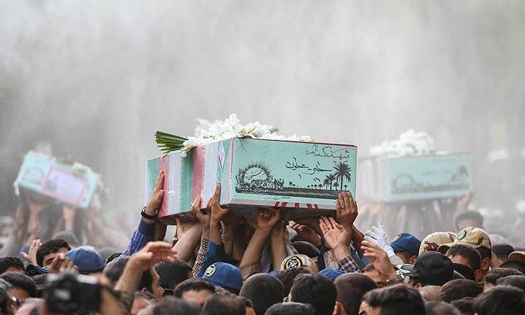 وداع مردم تهران با پیکرهای ۱۱۰ شهید دوران دفاع مقدس