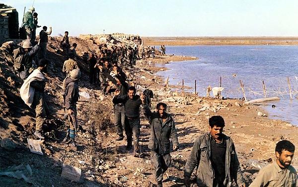ماجرای گریه سرگرد عراقی/ فریادهای الله اکبر لرزه بر تن صدامیان انداخته بود