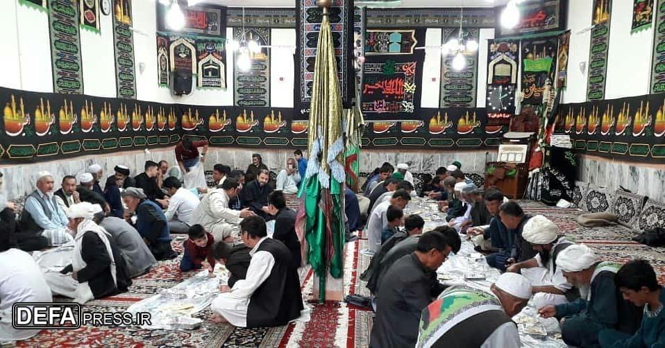 خدمترسانی مهاجران افغانستانی به زائران اربعین حسینی + تصاویر