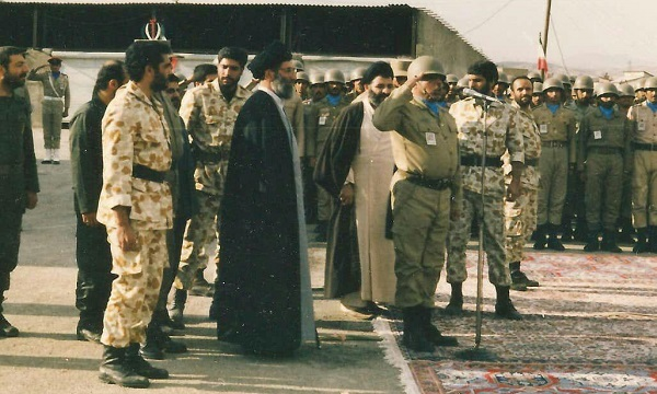 فرماندهی که رهبر معظم انقلاب برای تجلیل از او به کردستان رفت