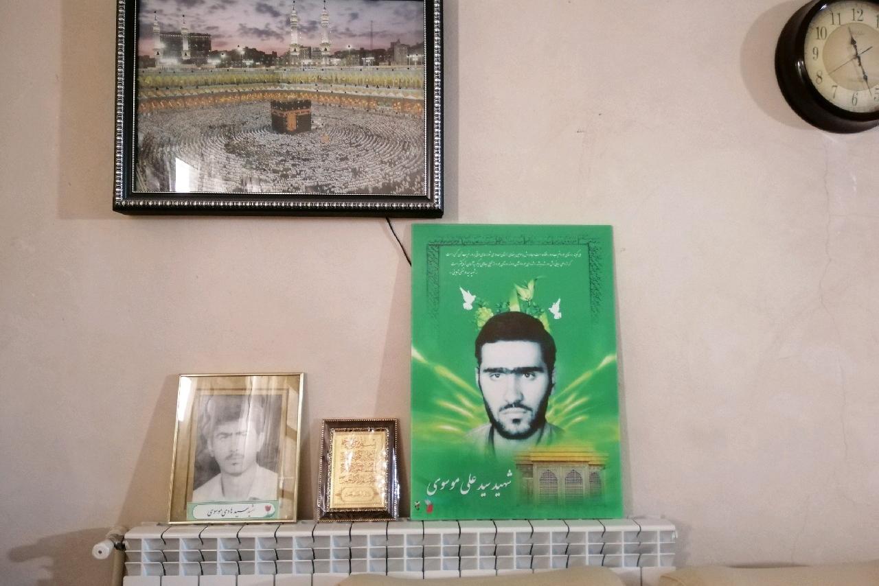 پسرم داماد ۳ ماهه بود که شهید شد/ شهادت پسر تازه دامادم کمرم را شکست/ آیت الله طالقانی چند ماه در خانه ما پنهان شده بود