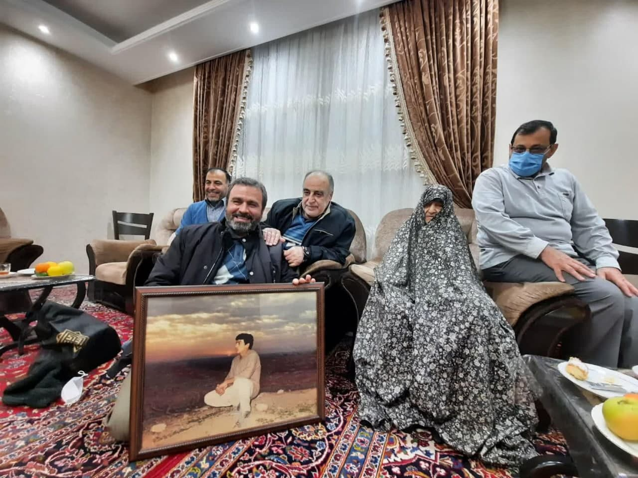 هیئت خانگی رزمندگان تخریبچی در منزل شهدا+ تصاویر
