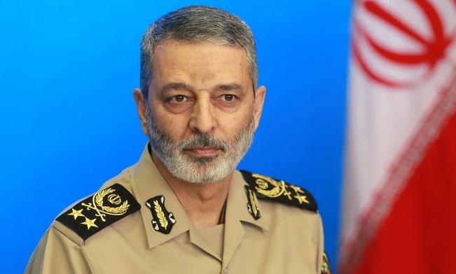 فرمانده کل ارتش سالروز تأسیس سپاه پاسداران انقلاب اسلامی را تبریک گفت