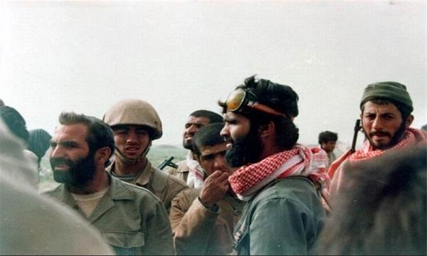 شهبازی در دانشگاه رژیم را به ستوه آورده بود/ اعتماد بروجردی به فرمانده ۲۰ ساله