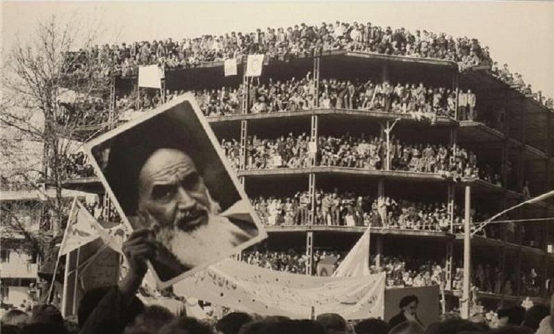 مستندسازی فرصتی برای تاریخ نگری انقلاب اسلامی است